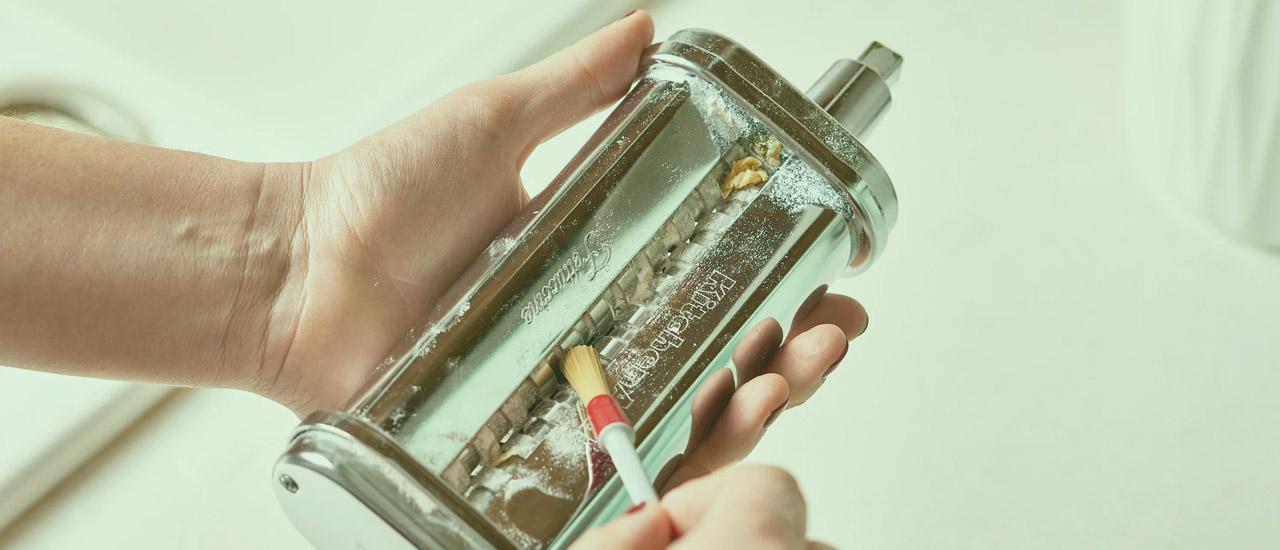 Hur rengör man en pastamaskin